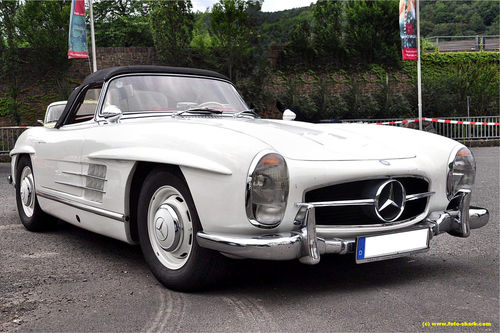 Mercedes-300sl-01