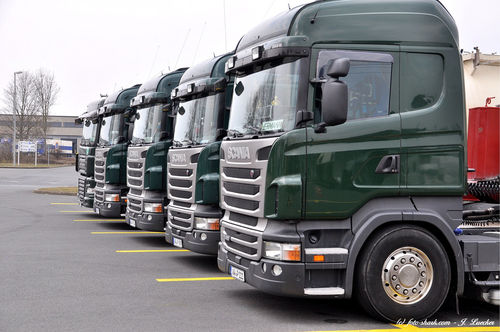 Trucks-01