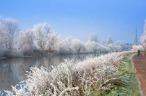 A-frosty-river-severn-at-worcestintense