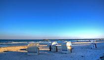 Am Strand by Roland Scheibner