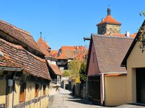 Altstadtidylle in Rothenburg by gscheffbuch
