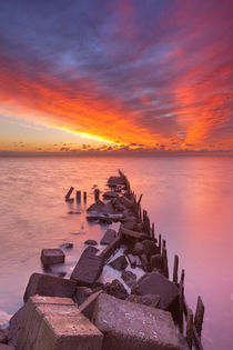 Sunrise over sea on the island of Texel, The Netherlands von Sara Winter