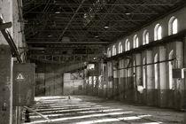 abandoned workshop  by Joe Merres