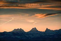 Morgenhimmel über dem Berner Oberland von Bruno Schmidiger