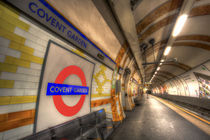 Covent Garden Tube Station von David Pyatt