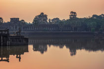 Angkor Reflections & Sunrise by Luis Henrique de Moraes Boucault