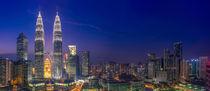Petrona Towers & Blue Hour by Luis Henrique de Moraes Boucault