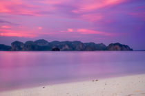 Poda Island & Sunset by Luis Henrique de Moraes Boucault