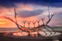 Sólfar & Sunset by Luis Henrique de Moraes Boucault