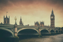 London & Sepia by Luis Henrique de Moraes Boucault