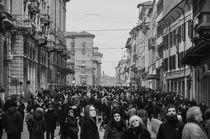 Bologna, via Rizzoli  by Federico C.