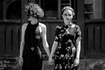 2 broke girls von nicoleta cioba