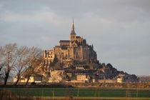 Le mont Saint Michel by Klauss Milhorati Neves