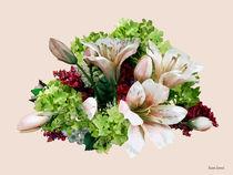 Asiatic Lilies, Hydrangea and Berries von Susan Savad