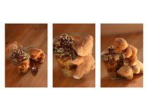 Die Bären beim süssen Dessert-Mundraub  by lizcollet