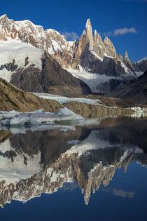 Mirroring Cerro Torre von Frank Tschöpe