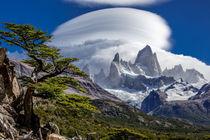 Clouds on Cerro Fitzroy in Patagonia von Frank Tschöpe