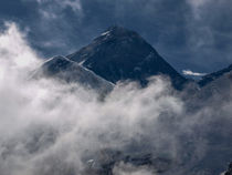 Mount Everest by Frank Tschöpe
