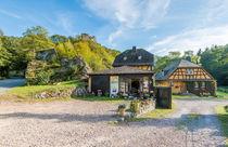 Forellenhof mit Laukenburg im Wispertal von Erhard Hess