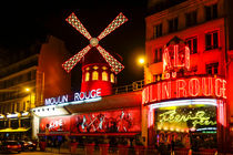 Moulin Rouge nightlife by Perry  van Munster