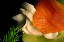 Lachs an Gurke und Kräuter-Lemon-Mousse von lizcollet