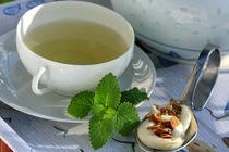 Teatime mit Tee-Mandel-Chocolat-Praline von lizcollet