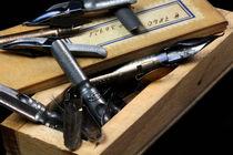 Mit einer einz'gen Feder Strich | Alte Tuschfedern by lizcollet