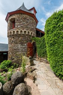 Burg Thurant - Rundturm mit Wehrgang von Erhard Hess
