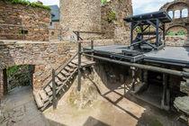Burg Thurant - Aufzug-Rüstkammer von Erhard Hess