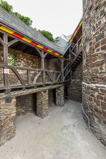 Burg Thurant - Wehrgang 5 von Erhard Hess