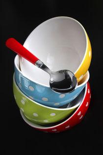 Bunte Suppenschüsseln von lizcollet