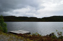 norwegian lake by hannes-bielefeldt
