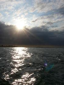 Abendsonne auf der See by Simone Marsig