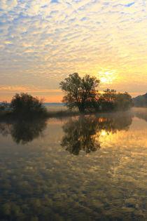 Und überall Wolken by Bernhard Kaiser