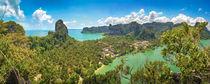 Vogelperspektive von tonsai beach (railey) in Thailand by Jochen Conrad
