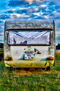 Old Camper by Andreas Brauner