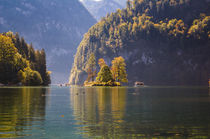 Small Island at Koenigssee by h3bo3