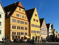 Am Marktplatz von Rothenburg ob der Tauber von gscheffbuch