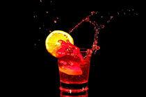 Red cocktail splash  von nilaya