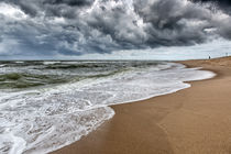 Dicke Wolken über der Nordsee von Annett Mirsberger