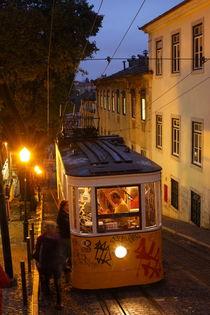 Lissabon : Elevador da Gloria by Torsten Krüger