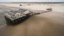 Am Strand von St Peter Ording Nordsee Luftaufnahme von Dennis Stracke