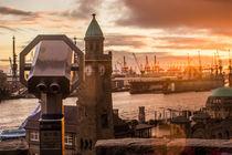 Fernweh im Hamburger Hafen Landungsbrücken von Dennis Stracke