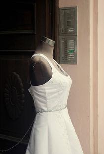 wedding dress by lsdpix