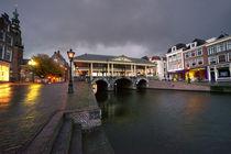 Leiden canal bridge  by Rob Hawkins