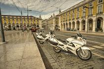 Lisbon Police Bikes  von Rob Hawkins