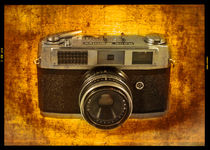 Rank Mamiya Rangefinder by Rob Hawkins