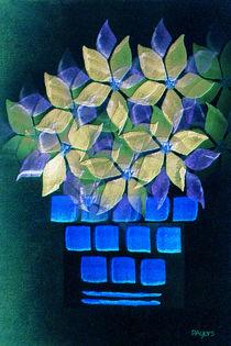Blue Flower Pot von Paula Ayers