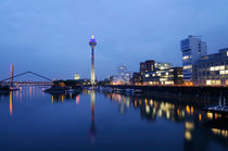 Skyline of Düsseldorf, Germany von Frank Mitchell