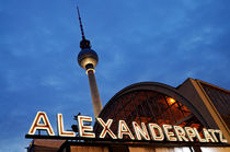 Alexanderplatz by night von Frank Mitchell